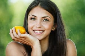 How Vitamin-C Protects Your Skin From The Sun